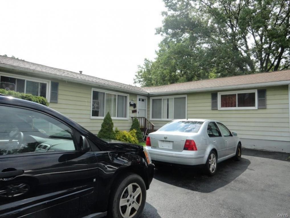 517 Sunflower Drive, Salina, NY 13088