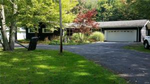 1744 County Route 8, Granby, NY 13126