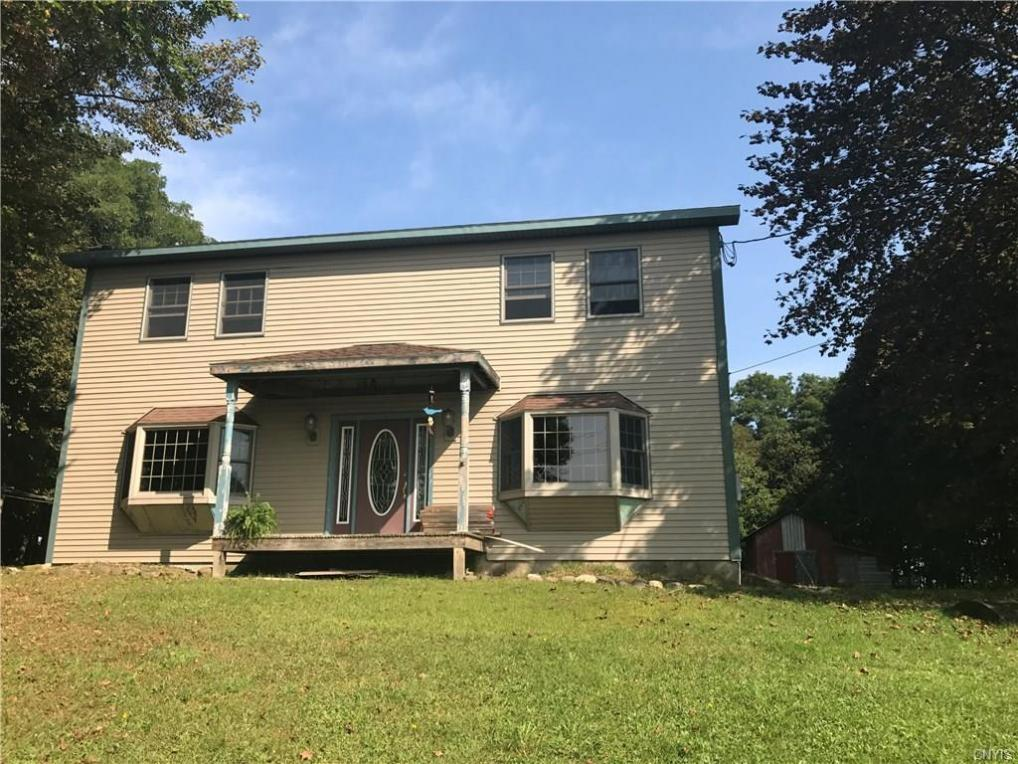 884 County Route 8, Granby, NY 13069
