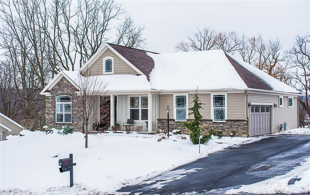 5887 Aries Way, Camillus, NY 13209