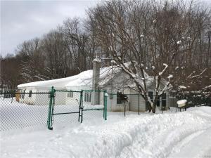 11 Hickory Grove, Granby, NY 13069