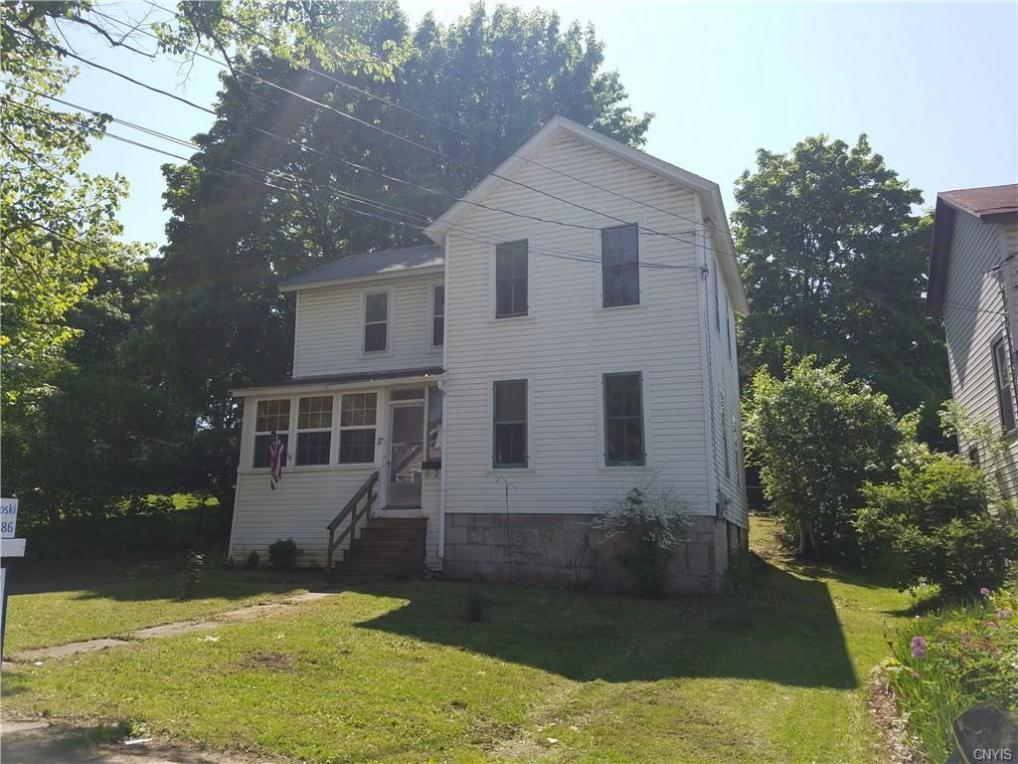 17 Chase Street, Auburn, NY 13021