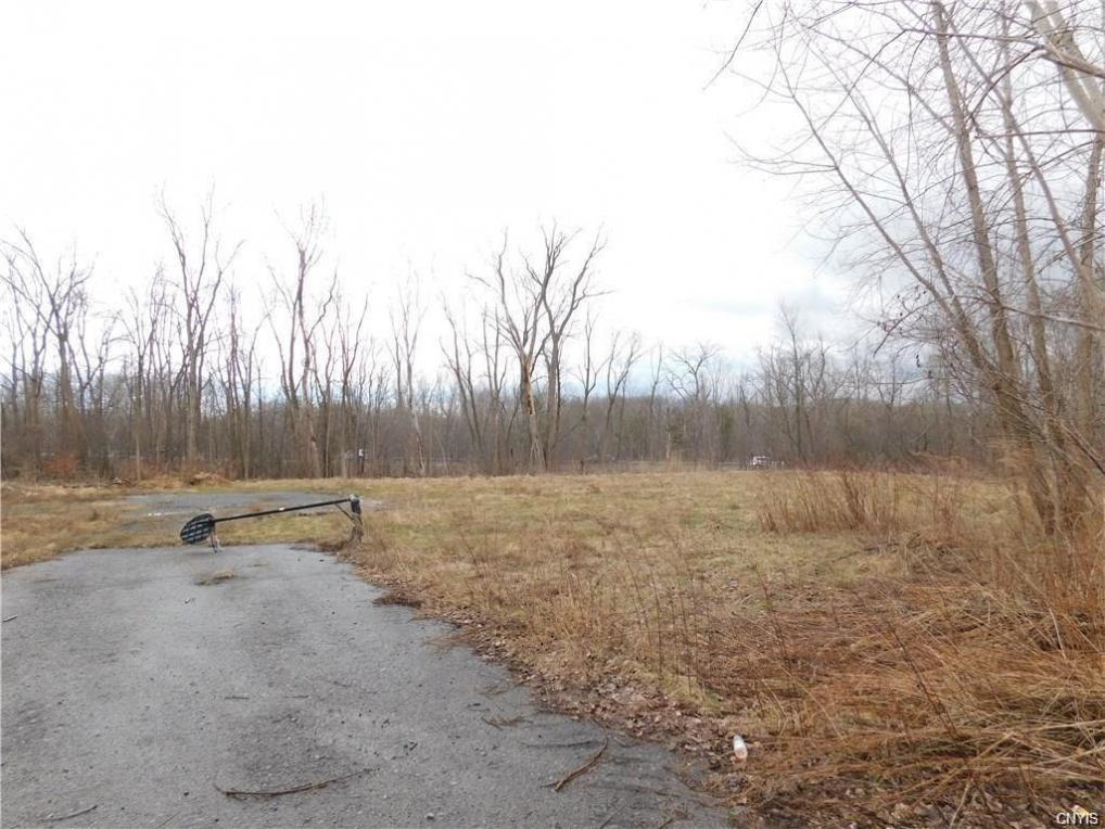 114 Duerr Road, Salina, NY 13090
