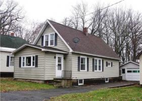 725 Maple Avenue, Fulton, NY 13069