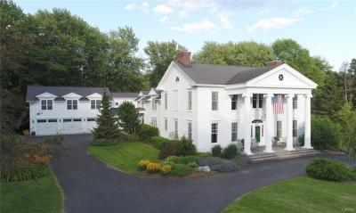 Photo of 24 East Street, Skaneateles, NY 13152