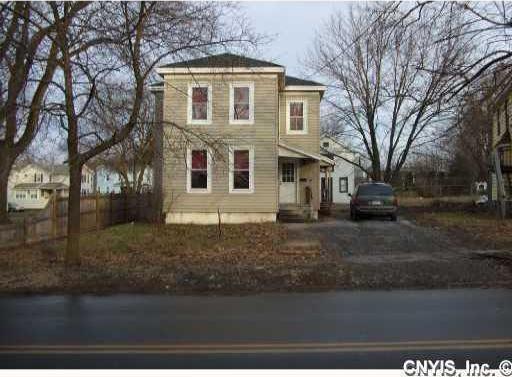 325 Clark, Auburn, NY 13021