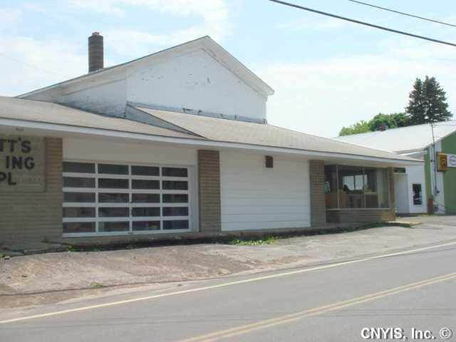 1082 Auburn Street, Hannibal, NY 13074