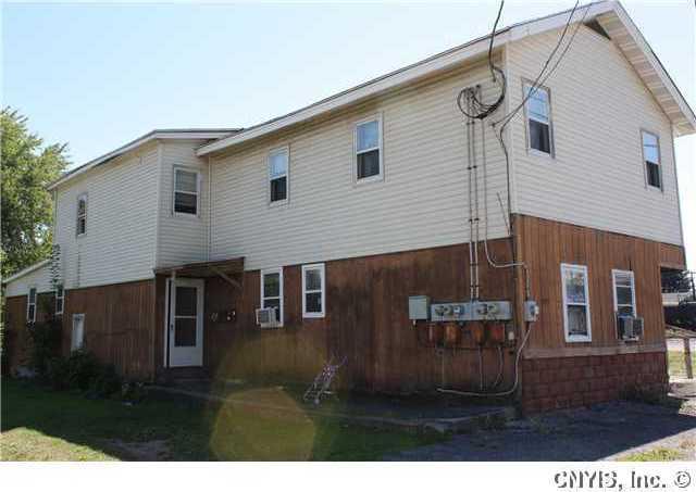 135 Geneva Street, Lyons, NY 14489