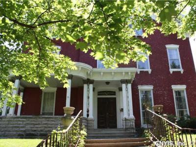 Photo of 238 South Peterboro Street, Lenox, NY 13032