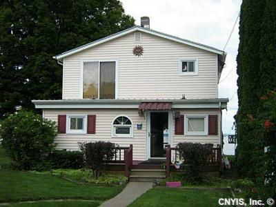 Photo of 7327 Lakeshore Rd, Cicero, NY 13039