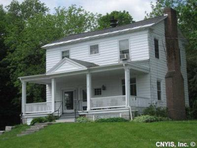Photo of 17 West Main Street, Marcellus, NY 13108