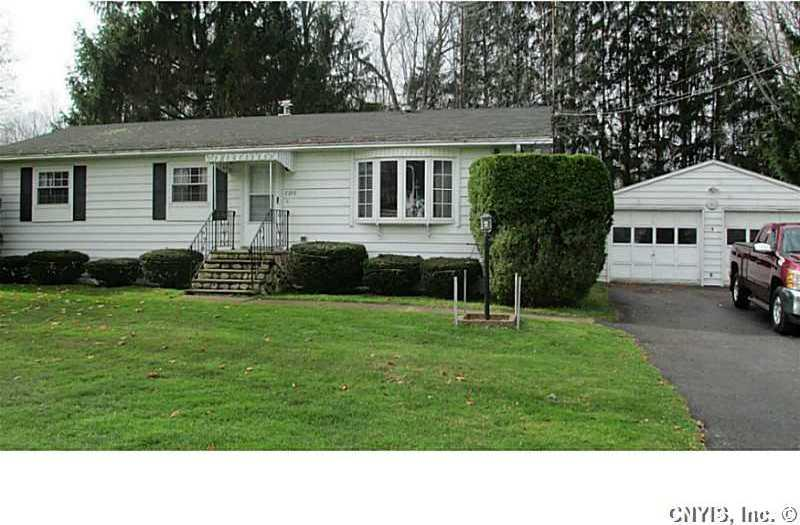7959 State Street Road, Throop, NY 13140