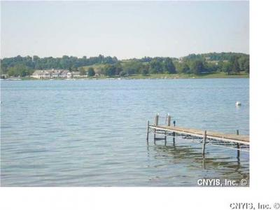 Photo of 1 Ashwood Ln, Skaneateles, NY 13152