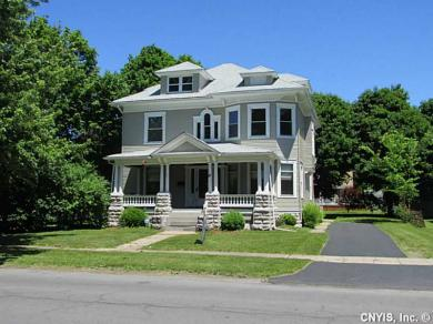 38 Center St, Waterloo, NY 13165