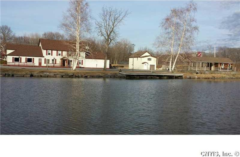 6266 Lakeshore Road South, Verona, NY 13032