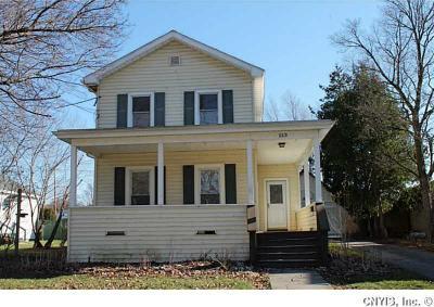 Photo of 213 East Hickory St, Lenox, NY 13032