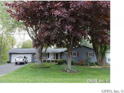 Photo of 47 Perry Hill Road, Oswego Town, NY 13126