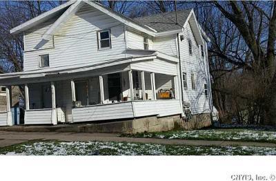 419 Erie St, Fulton, NY 13069