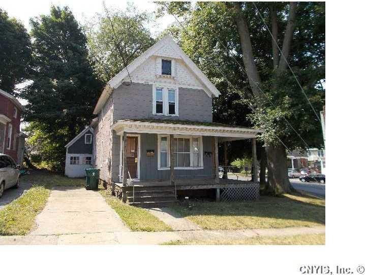 4 Lawrence Street, Oswego City, NY 13126