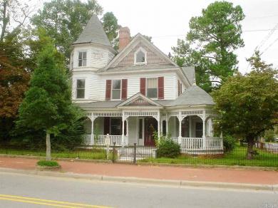 101 W Granville Street, Windsor, NC 27983