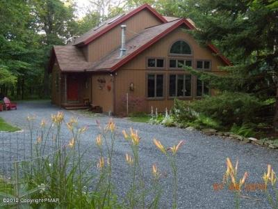 Photo of 292 Berry Lane, Pocono Lake, PA 18347
