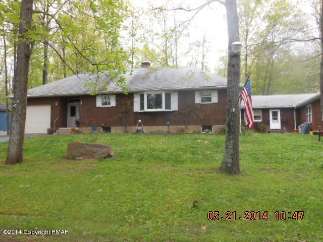 4174 Forest Dr, Kunkletown, PA 18058