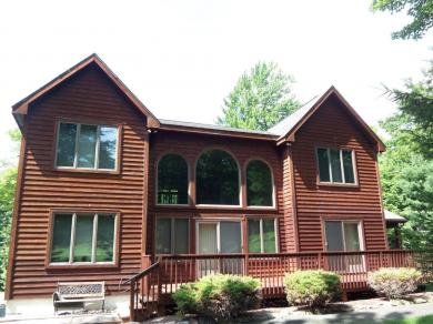11 Woods End, Lake Harmony, PA 18624