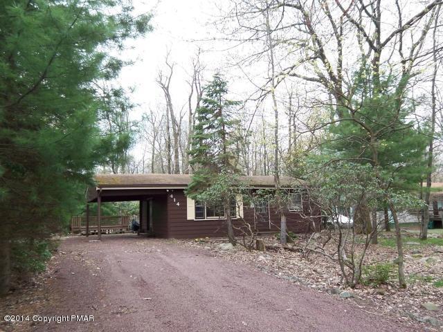 Lake Harmony Estates Ranch, 414 Estates Drive, Lake Harmony, PA 18624