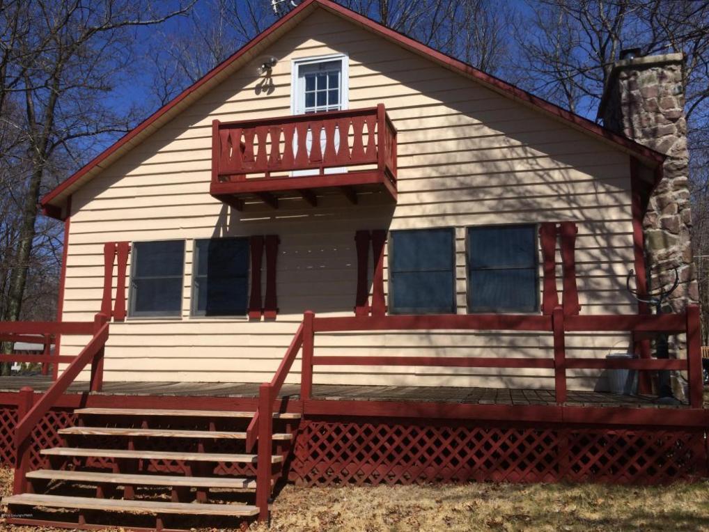 22 Beaver Dr, Albrightsville, PA 18210