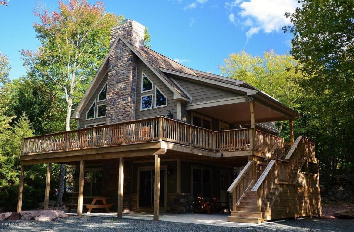 17 Estates Drive, Lake Harmony, PA 18624