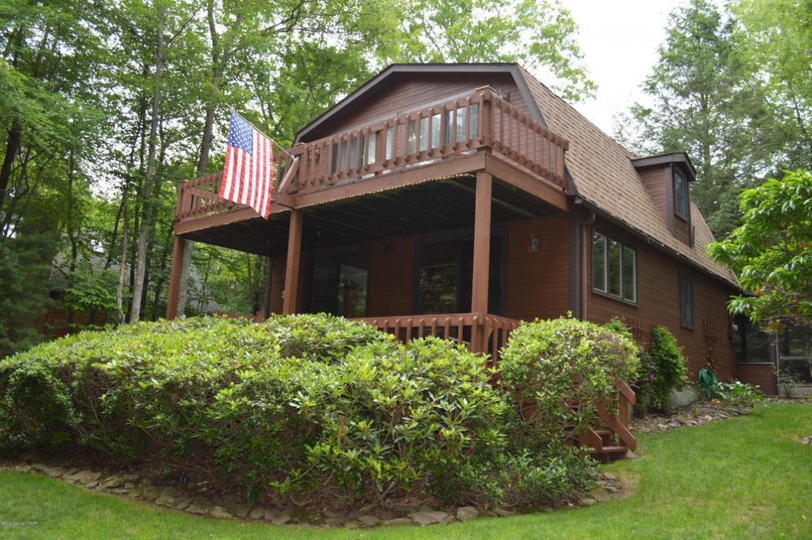 25 Lakeside Rd, White Haven, PA 18661