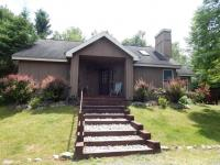 116 Cayuga Rd, Pocono Pines, PA 18350