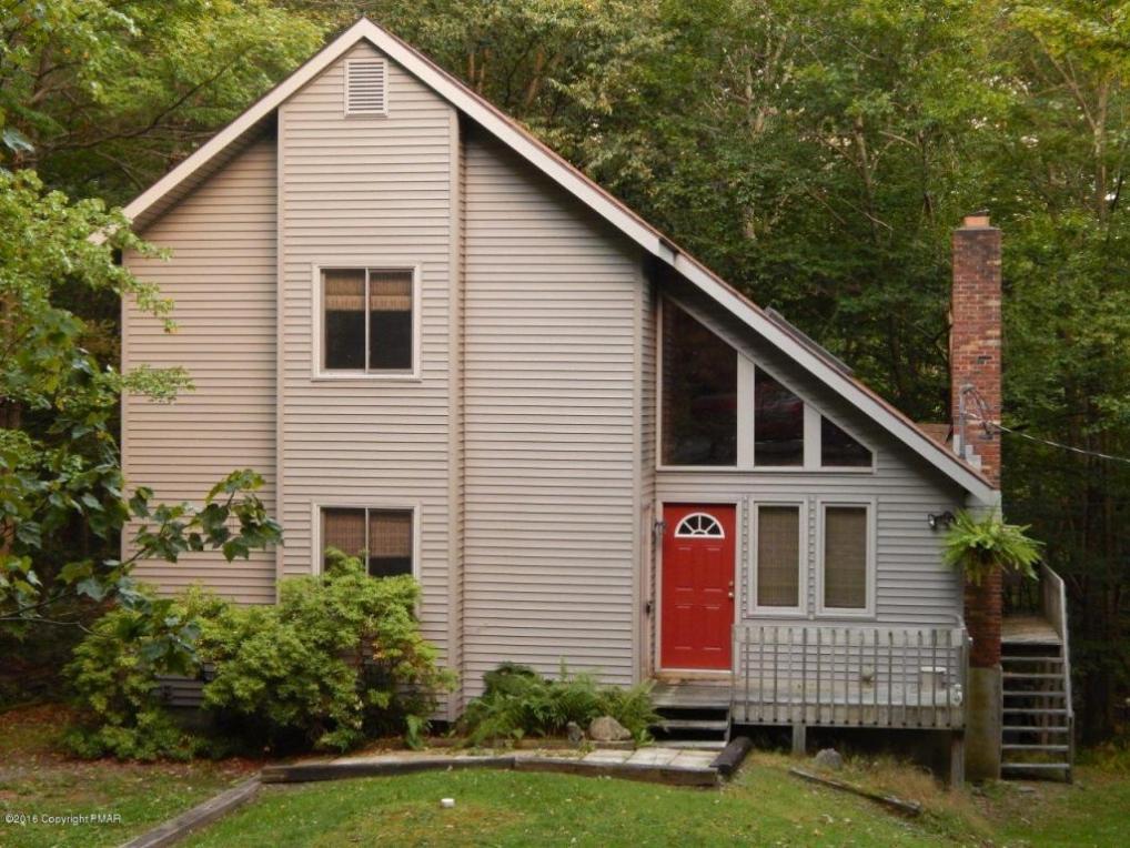 82 North Lehigh River Drive, Gouldsboro, PA 18424
