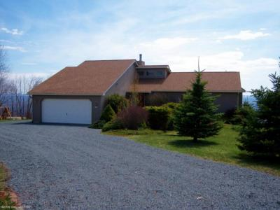 Photo of 311 Valley View Drive, Albrightsville, PA 18210