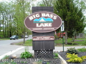 140-A State Park Ct, Gouldsboro, PA 18424