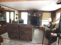 132 Leatherstocking Ln, Pocono Pines, PA 18350