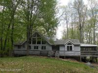113 Mountain View Dr, Pocono Lake, PA 18347