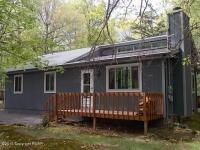 31 Uffleman Ln, Albrightsville, PA 18210