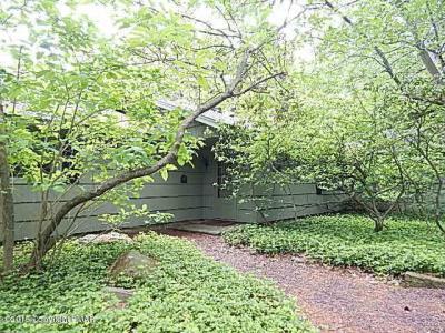 Photo of 5292 Woodland Avenue, Pocono Pines, PA 18350