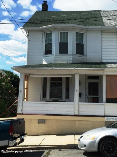 37 E High St, Coaldale, PA 18218