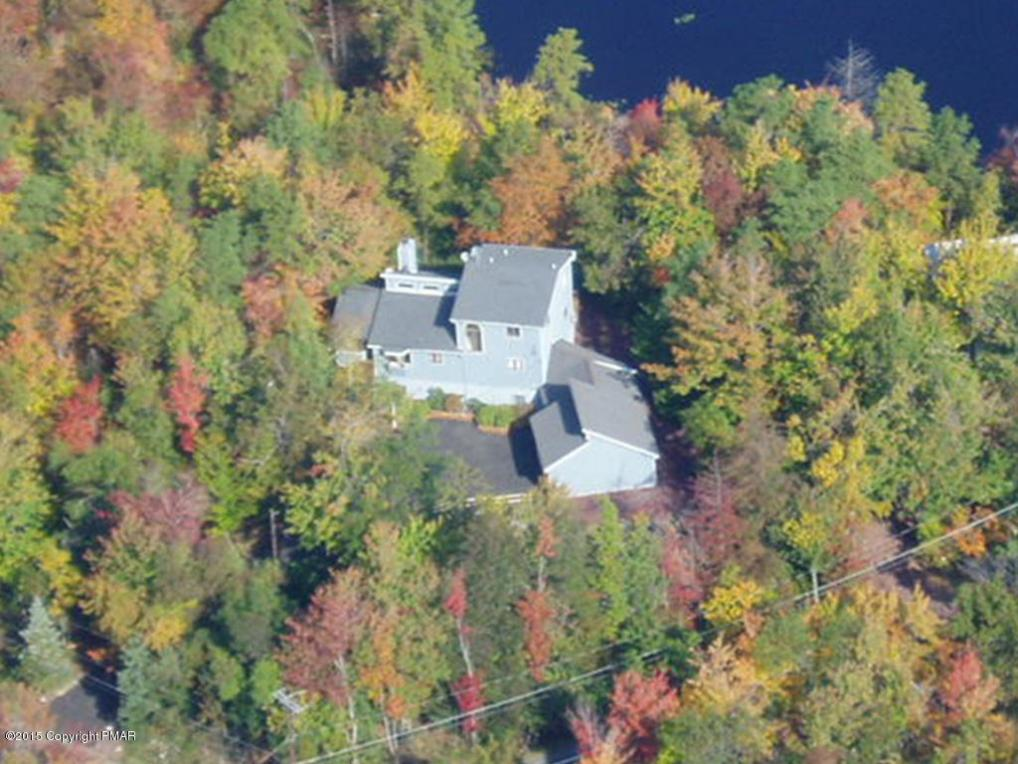 106 Black Thorn St. (lakefront), Long Pond, PA 18334