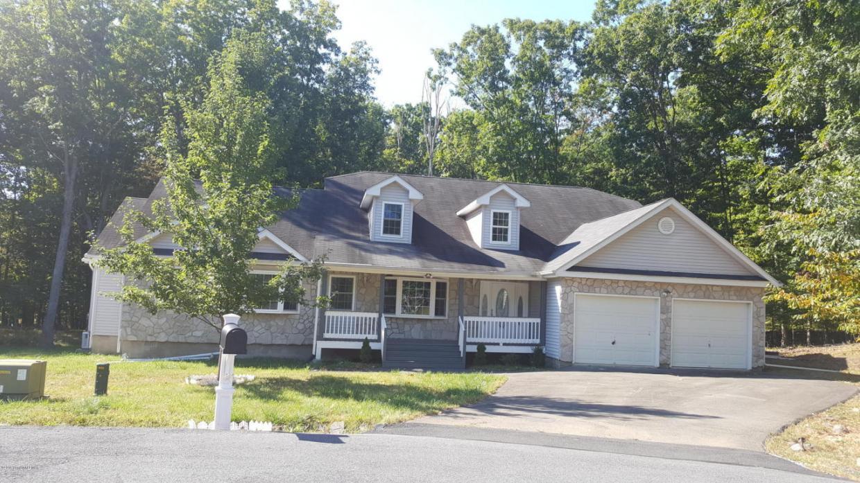 305 Woodwind Ct, Stroudsburg, PA 18360