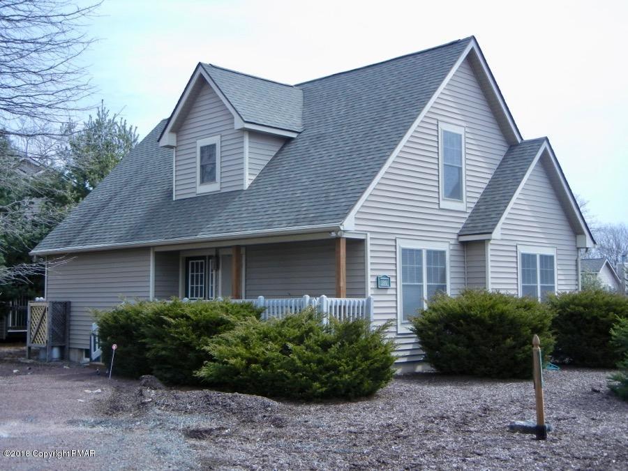 180 Hawthorne Ct, Tannersville, PA 18372