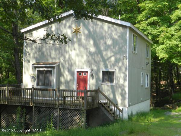 144 Radcliff Rd, Bushkill, PA 18324
