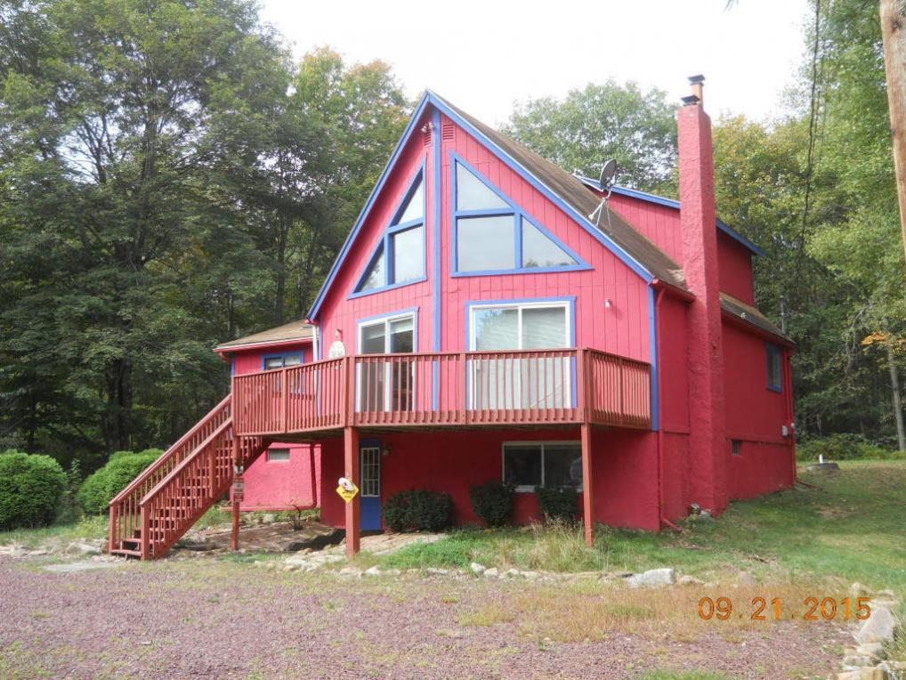 28 Stream Dr, Lake Harmony, PA 18624