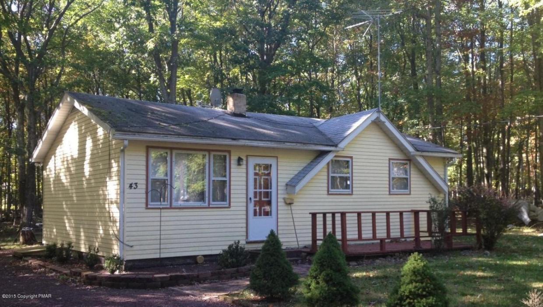 43 Spruce Ln, Albrightsville, PA 18210