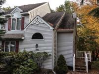 100 (356) Laurelwoods Dr, Lake Harmony, PA 18624