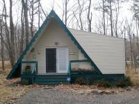 119 Little Woodland Dr, Pocono Summit, PA 18346