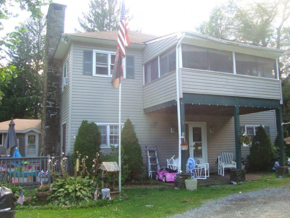 210 Wiscasset Rd, Mount Pocono, PA 18344