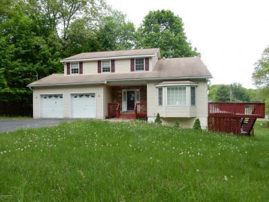 57 Barren Rd, East Stroudsburg, PA 18302